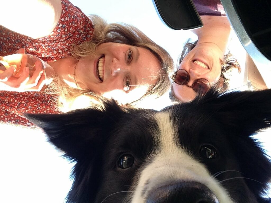 Toffe selfie van Frodo, Maya en zus Hannah